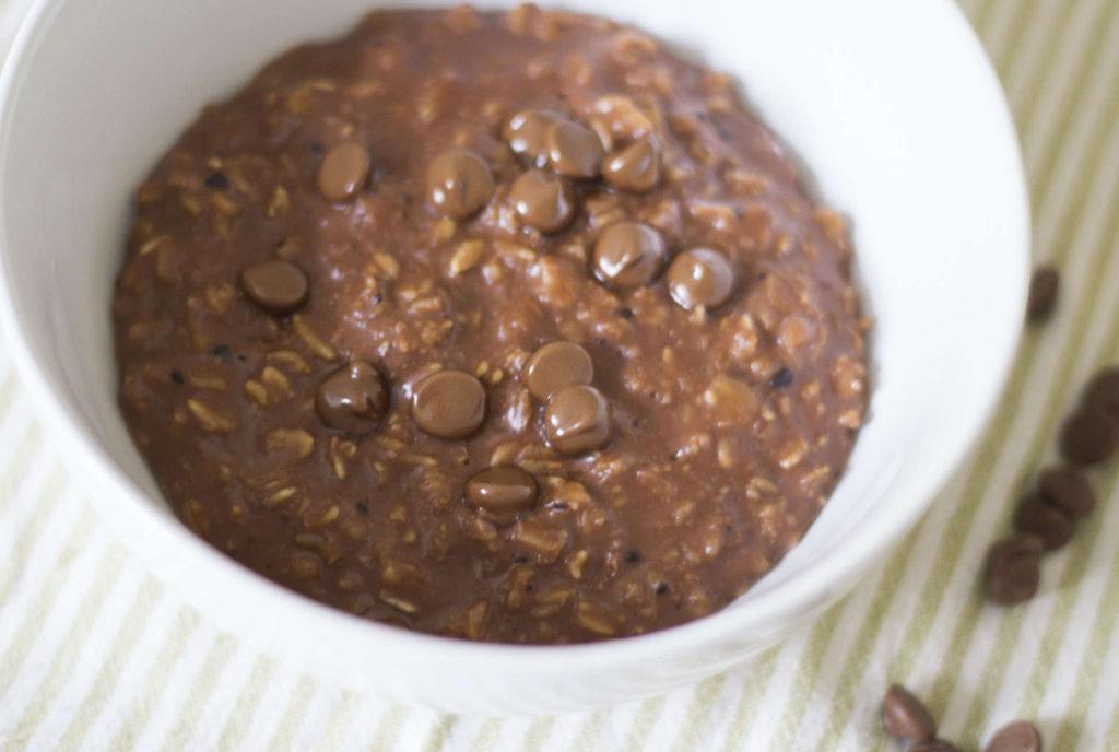 ovsena-kaša-sa-čokoladom