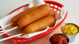 kukuruzni-hot-dog